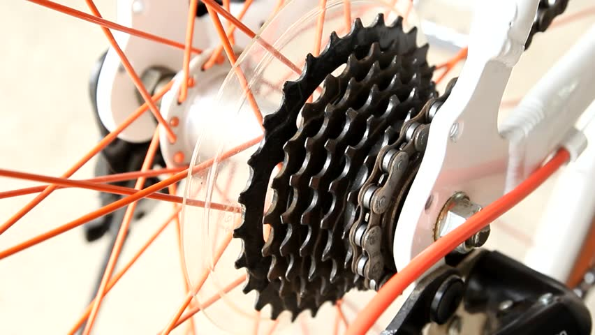 a bicycle gears mechanism on the rear wheel