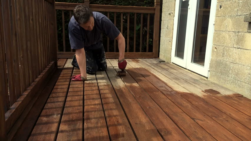 Fast time-lapse varnishing oiling protecting decking