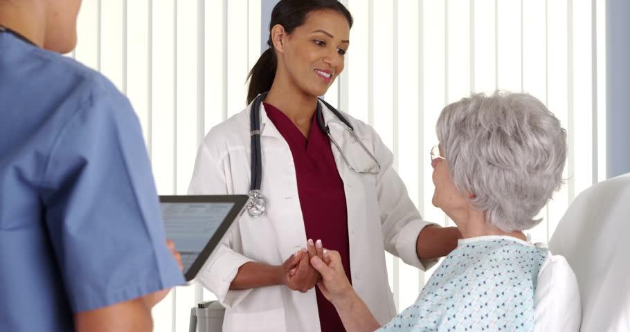 医者の成熟した学生になるように訓練する