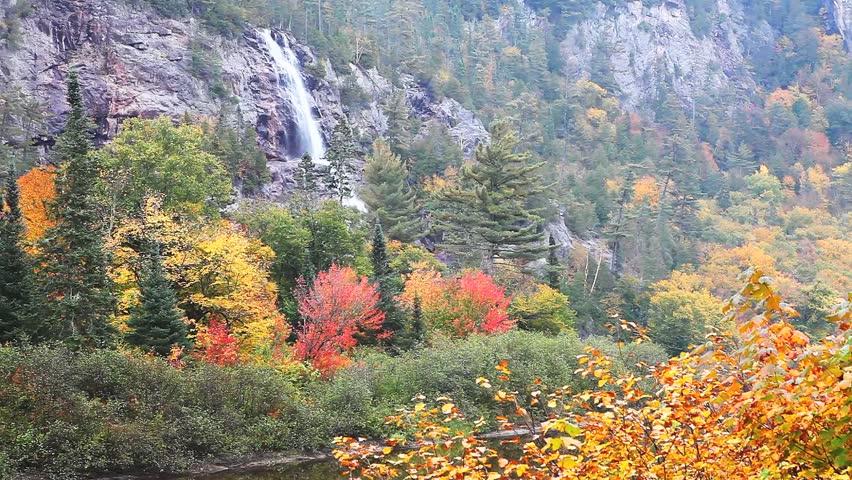 Гифки с осенью в горах, поздравительная
