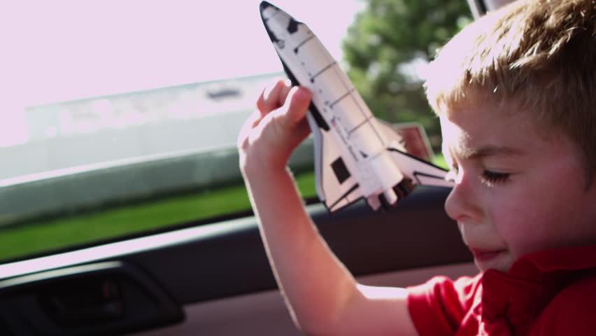 Header of shuttle