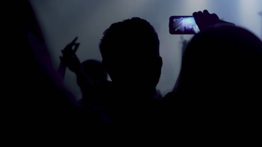 Smartphone Video Tips for Concerts and Lowlight