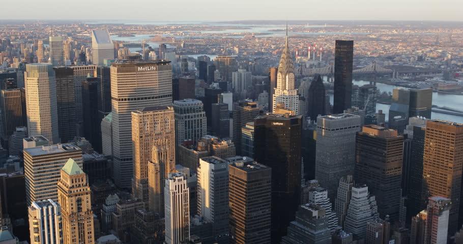 Aerial View New York City Skyline in Sunset Light, Chrysler Building Citigroup Trump Tower, Establishing Shot United States, USA( Ultra High Definition, UltraHD, Ultra HD, UHD, 4K, 2160P, 4096x2160 )