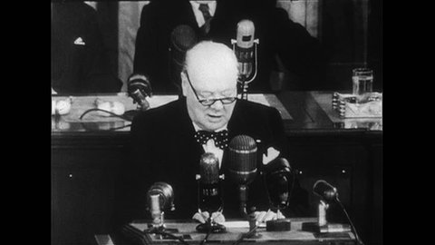 WASHINGTON DC 1952 : Winston Churchill gives a speech advising members of the Congress to prevent the use of the atomic bomb.
