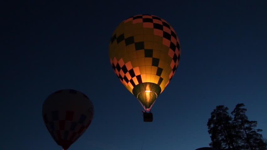 Balloon glow | Shutterstock HD Video #8920534