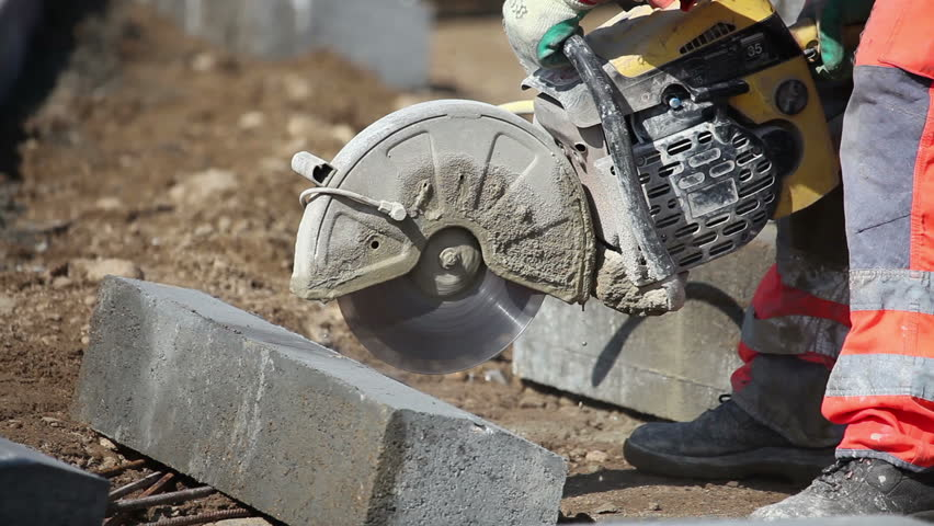 how to cut cement block with a circular saw