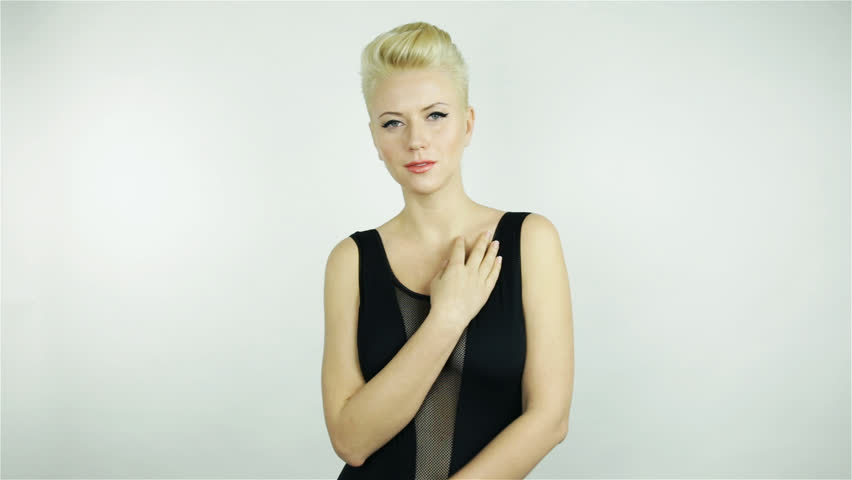 Video Stock De Beautiful Young Blonde Girl With 100 Livre De