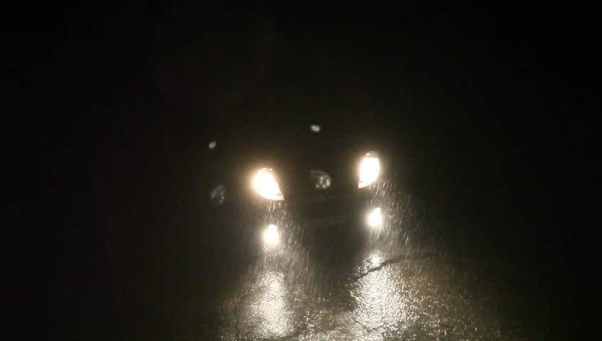 Car Headlights Illuminated At Night Stockvideos Filmmaterial 100